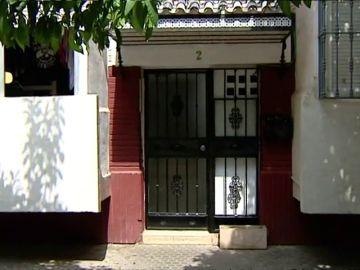 Detenido por someter a su madre y su hermana a un trato degradante y mantenerlas encerradas bajo llave en el domicilio que compartían en Sevilla