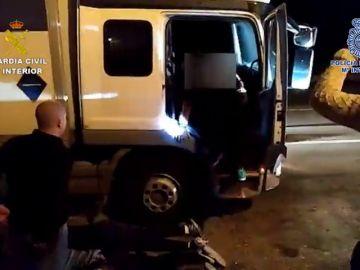 Desarticulado un grupo criminal que se dedicaba a robar camiones y sus mercancías en la A-2