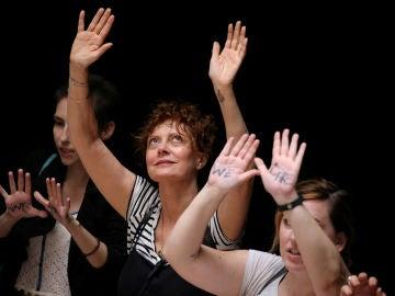 Susan Sarandon durante la protesta