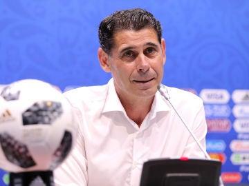 Fernando Hierro, en rueda de prensa
