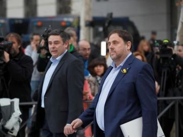 Noticias 2 Antena 3 (02-07-18)  Interior comunica a la Generalitat el traslado de Junqueras, Romeva, Bassa, Forcadell, Sánchez y Cuixart a cárceles catalanas