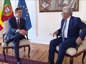 Sánchez visita Portugal como broche a su primera gira europea
