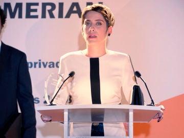 Carmen le dedica el premio a Iñaki ante la mirada triste de Yago