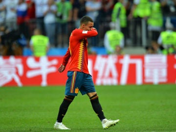 Rodrigo, llorando