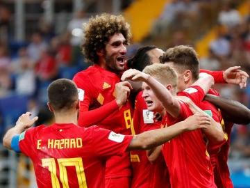 Los jugadores de Bélgica celebran la victoria