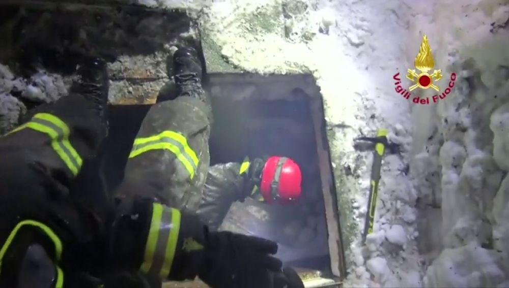 La operación de Salvamento de la cueva de Tailandia recuerda a otros rescates complicados