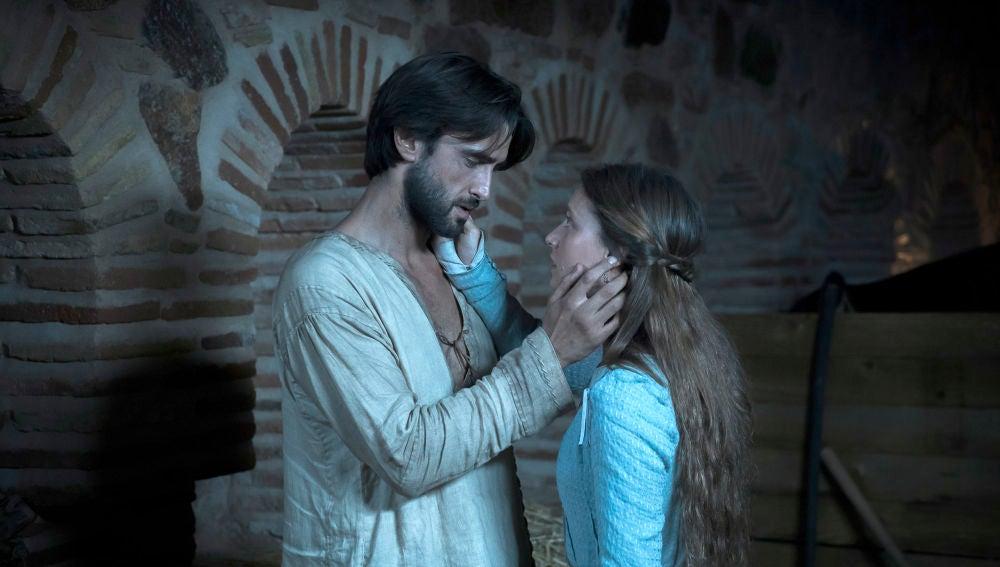 Mar declara su amor a Arnau bajo la furia de Elionor