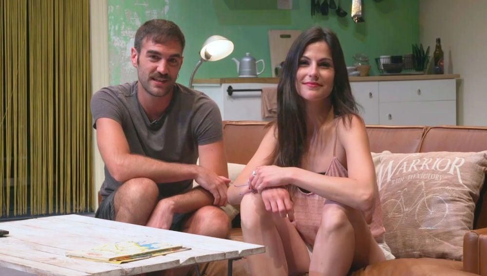 Noemí Ruiz y Jon Plazaola celebran la quinta temporada de 'Allí Abajo'