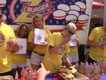 ¿Cuántas hamburguesas serías capaz de comer en lo que dura este vídeo?