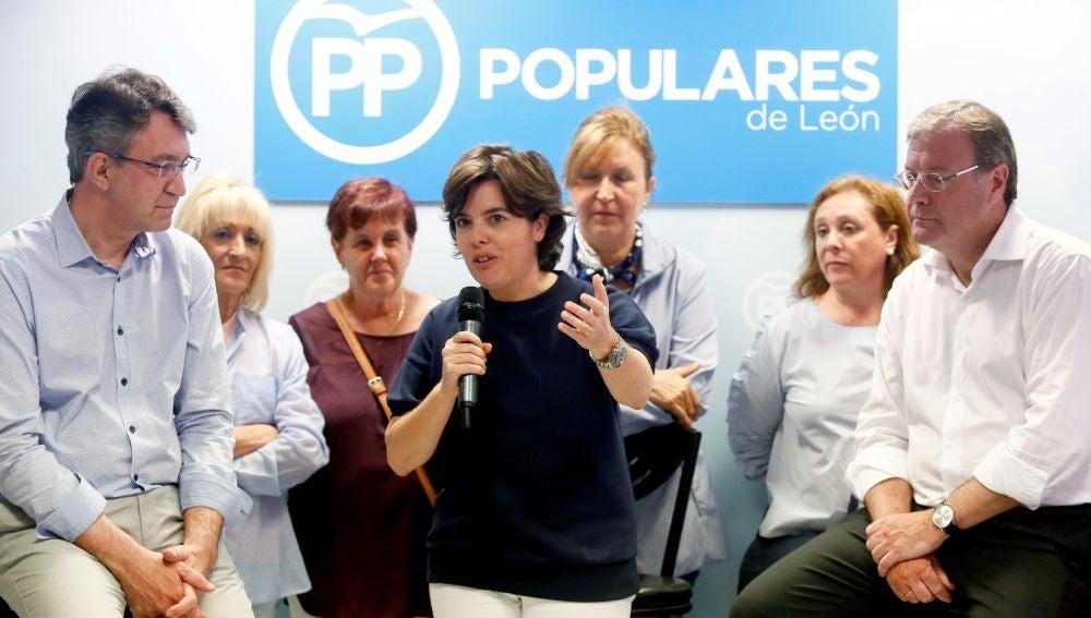 La candidata a la presidencia del PP, Soraya Sáenz de Santamaría