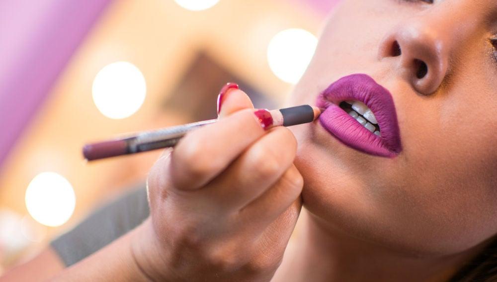 Labios perfectamente pintados