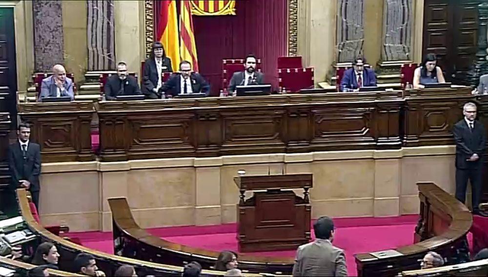 El rifirrafe entre entre Torrent y Espejo-Saavedra por la moción del 9N