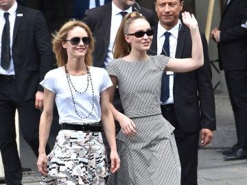 Vanessa Paradis junto a su hija Lily Rose Deep