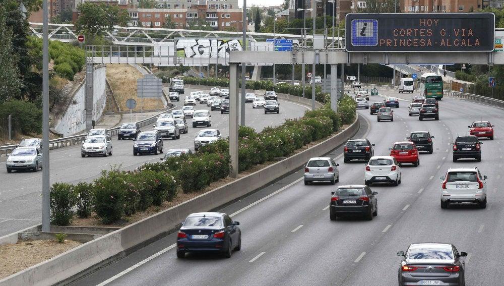 Tráfico de salida de Madrid por la A1.