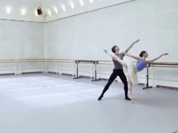 El Teatro Real acogerá una nueva producción de 'El lago de los cisnes'