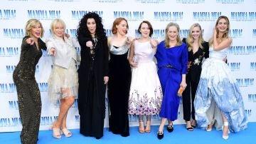 El reparto de 'Mamma Mia! Una y otra vez' en Londres
