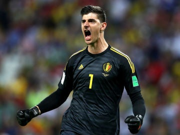Courtois celebra un gol de Bélgica en el Mundial de Rusia