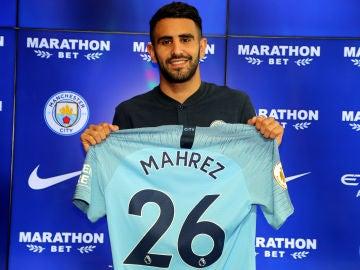Mahrez, en su presentación con el City