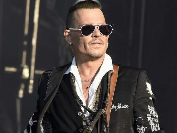 Johnny Depp en su gira con The Hollywood Vampires
