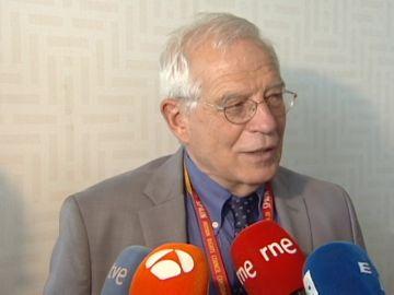 """Borrell sobre la reunión Trump-Putin: """"En unas cuantas como esa arreglamos los problemas del mundo"""""""