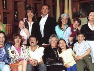 ¿Recuerdas a Sheila, la niña cantante de 'Mis adorables vecinos'? Así ha crecido Yaiza Esteve