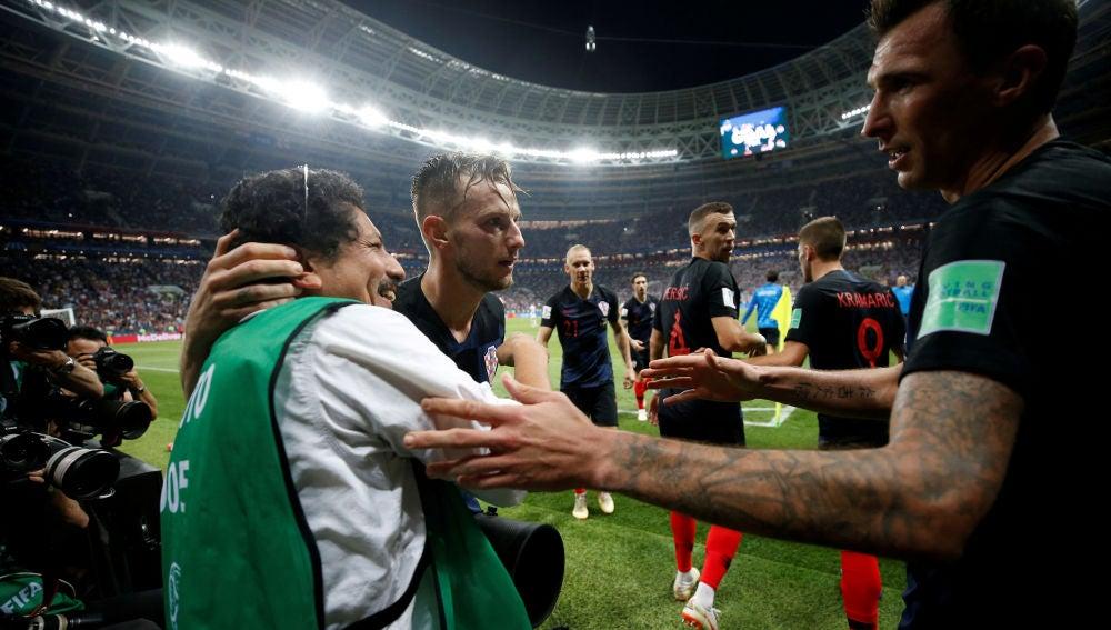 Yuri Cortez, el fotógrafo que celebró el gol de Mandzukic con los croatas