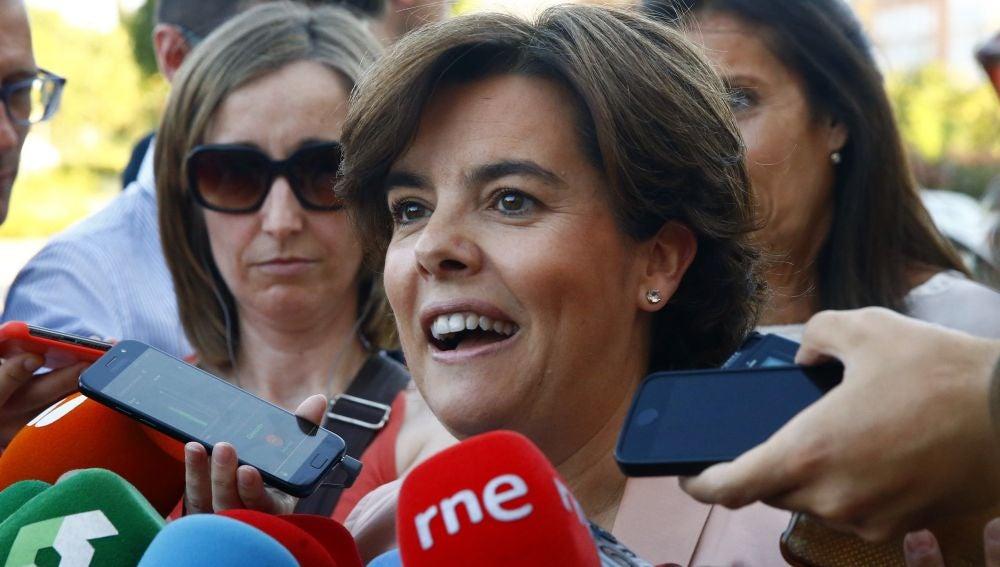 Soraya Sáenz de Santamaría realiza declaraciones a la prensa