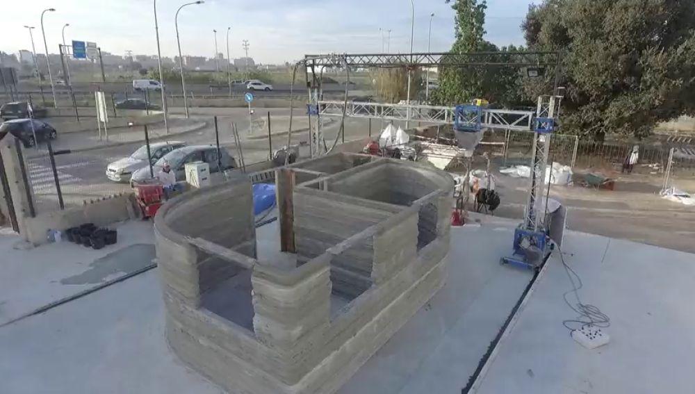 Una empresa valenciana construye la primera casa con una impresora 3D en España