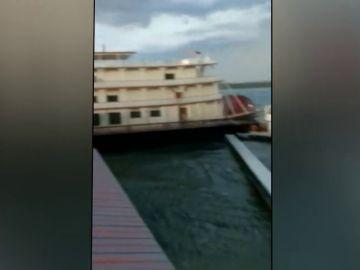 Al menos 11 muertos en el naufragio de embarcación turística en Estados Unidos