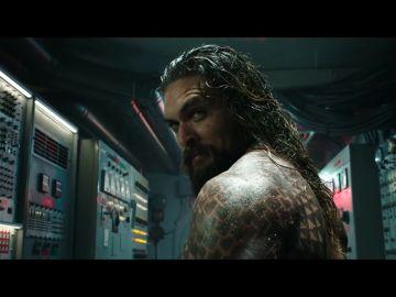 Jason Momoa protegerá el planeta de la ira de los siete mares en el tráiler de 'Aquaman'