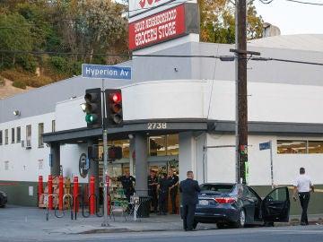 Imagen del supermercado en el que ha tenido lugar la toma de rehenes en Los Ángeles
