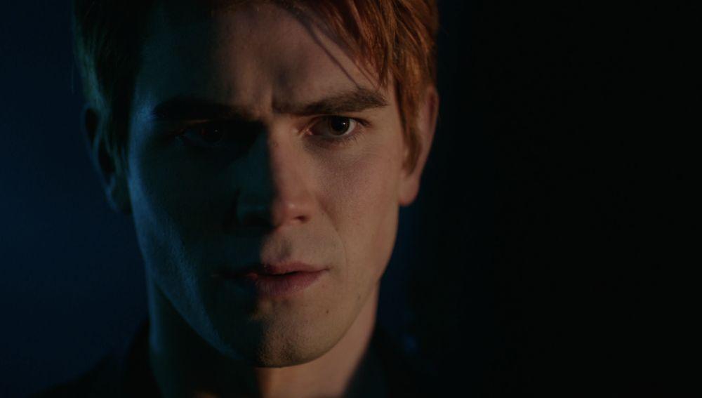 Archie (K.J. Apa) en la tercera temporada de 'Riverdale'