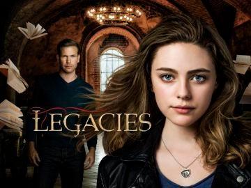 Danielle Rose Russell y Matt Davis en el cartel de 'Legacies'