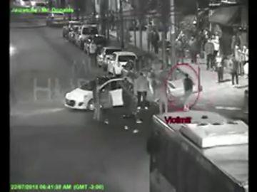 Las imágenes del apuñalamiento de Facundo Espíndola en Hutlingham