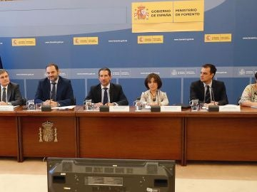 El ministro de Fomento, José Luis Ábalos  durante la reunión extraordinaria de la Conferencia Nacional de Transporte.