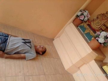 Imagen publicada en Facebook del falso cadáver de Tachawit