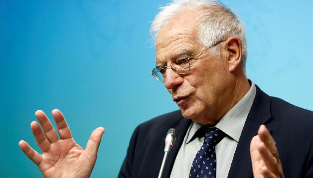 Josep Borrell en una rueda de prensa