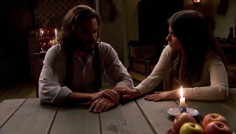 Isaac le confiesa a Elsa que él es el padre del hijo de Antolina