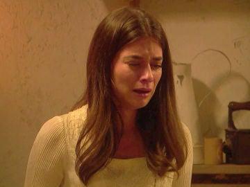 Elsa, cargada de ira, arremete contra Isaac por haber dejado embarazada a Antolina