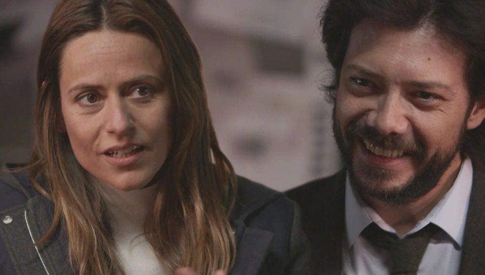 Álvaro Morte, cara a cara con Itziar Ituño, desvela su personaje favorito de 'La casa de papel'