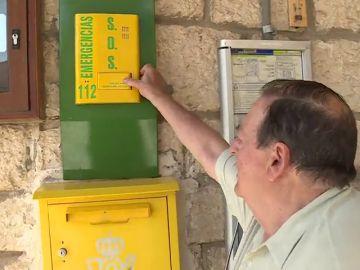 Instalan teléfonos que contactan con Emergencias ante la falta de cabinas en pueblos casi deshabitados