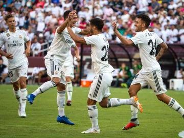 Asensio celebra uno de sus goles ante la Juventus
