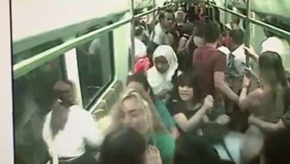 """Nueve detenidos por desatar el pánico en el metro de Valencia al realizar proclamas religiosas y gritos de """"vamos a morir"""""""