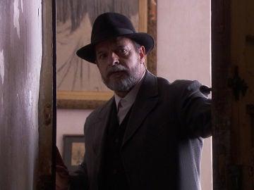 Raimundo sigue a Fernando y encuentra todo lo que estaba buscando