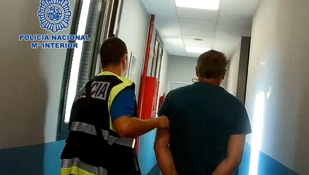 Detenido un hombre por abusar de cinco niñas