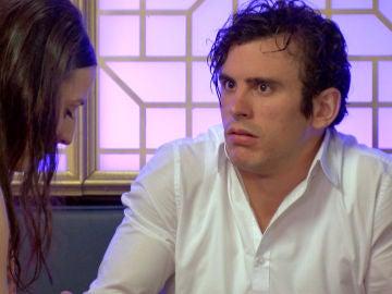Llanos decepcionada con Arturo que se siente agobiado al saber que será padre