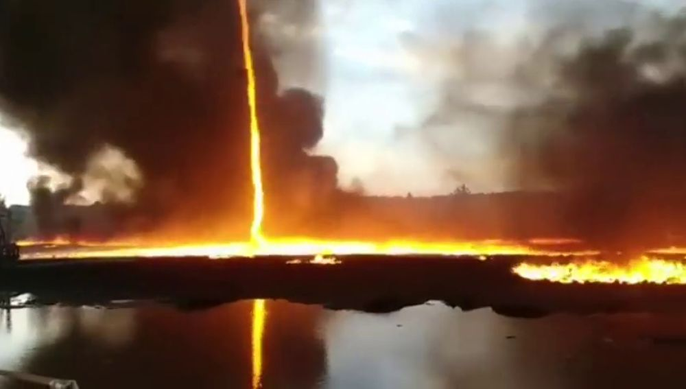 Tornado de fuego en el Reino Unido