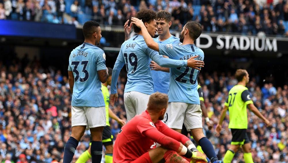 Manchester City ante el Huddersfield Town en la  Premier