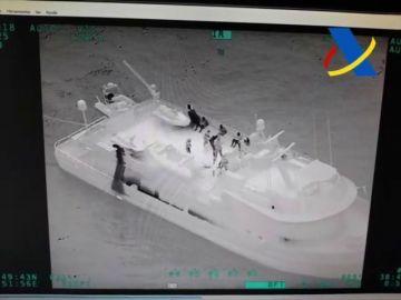 Decomisados 300 kilos de cocaína en un yate en aguas de Ibiza