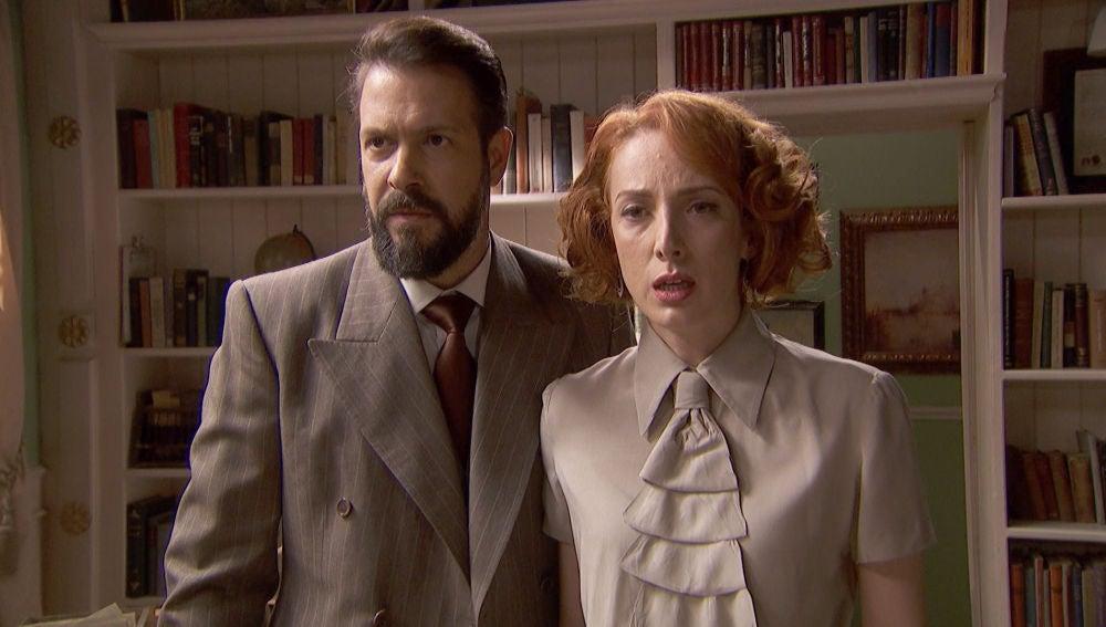 Basilio siembra el pánico en casa de Adela con un terrible mensaje
